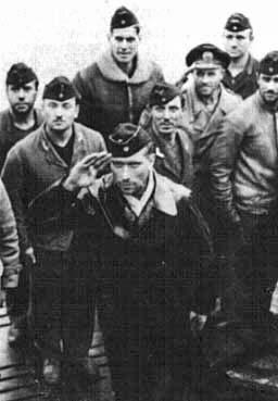 Kapitänleutnant Mengersen among the crew of U-101 after patrol in December 1940