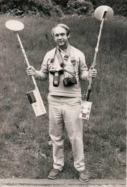 John Punola testing Wilson Neuman detectors, early 80's (photo courtesy of John Punola)