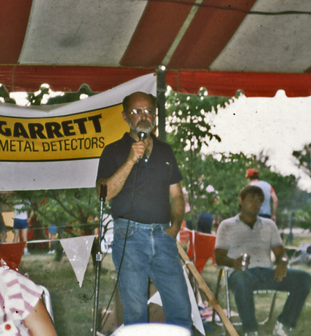 Garrett presentation at Kenny Wray's Treasure Weekend, late 80's