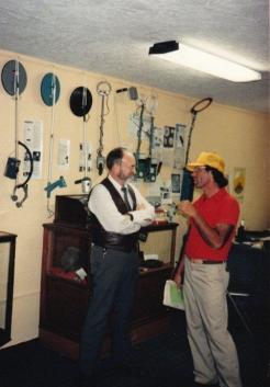 Charles Garrett chatting with TH'er