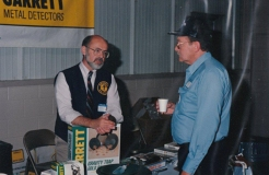 Dick Stout chatting with Lee Pavel